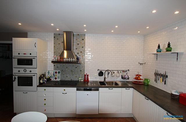 Kök med integrerade vitvarorKök med integrerade vitvaror